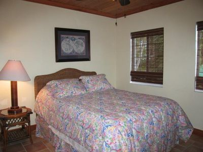 Spanish Wells house rental - view of guest bedroom.
