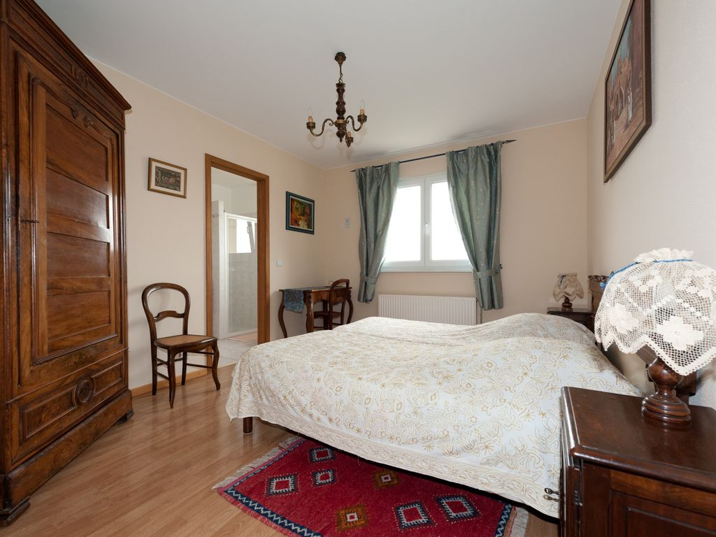 Husseren les ch teaux holiday guest house self catering for Chambre d hotes colmar