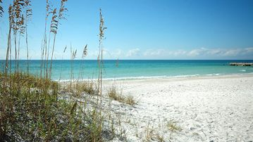 There's never a bad day at Bradenton Beach!