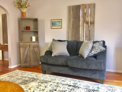 Cozy country escape close to  Downtown