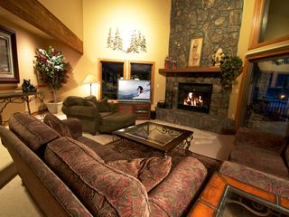 Bright Open Floor Plan! - Keystone townhome vacation rental photo