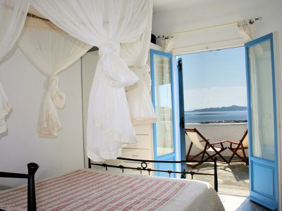 Paros villa rental - Bedroom on 2nd floor with en-suite bath
