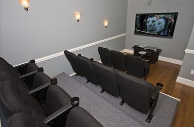 Private Theater - 60' HDTV with free NetFlix - HDTV's in every room