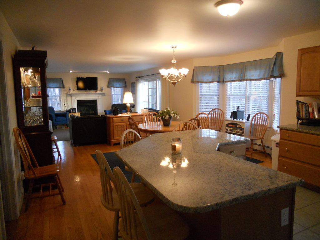 modern luxury cape five minutes from homeaway barnstable