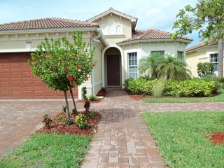 Lehigh Acres house photo - Beautiful spacious home in quiet neighborhood located on Copperhead Golf Course