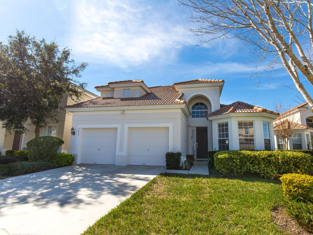 Stunning 5 bedroom pool home 5 mins to disney vrbo for 5 bedroom house with pool