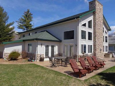 Stunning Five Bedroom Lakefront Home on Houghton Lake, Michigan