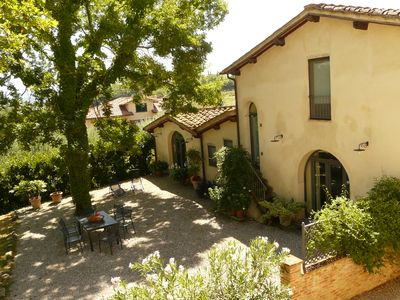 Villa cottage with gardens & panoramic views - near Florence/Siena/Arezzo