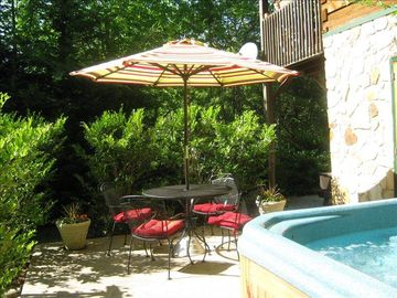 Bryson City cabin rental - The Patio w/Hot Tub....another great place to hang out