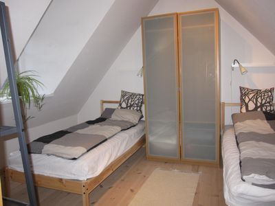 2nd bedroom (children)