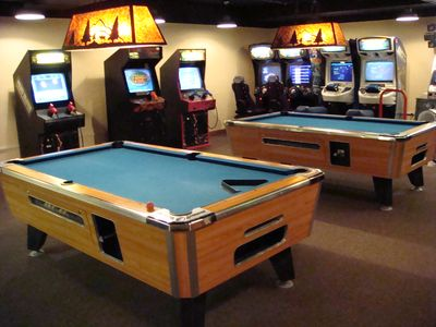Westgate Game Room; air hockey, dance platform, golf, videos, etc.