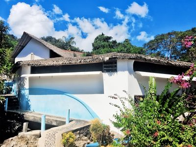 Dream villa feet in the water. Private beach and park. 100% Ecological.