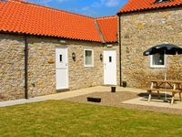 THE STABLES, pet friendly in Thornton-Le-Dale, Ref 25663