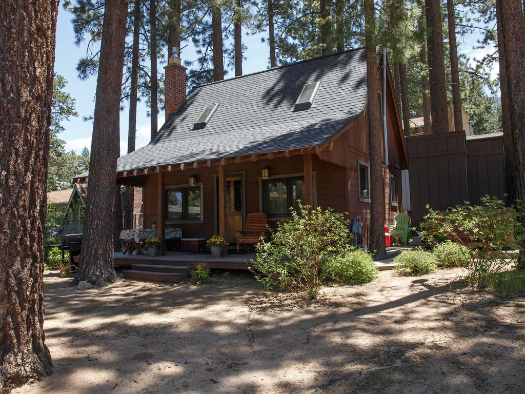 Other south lake tahoe properties vacation rental vrbo for South lake tahoe cabins near casinos