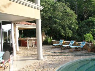 Playa Hermosa house photo - Pool and Patio Merge