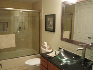Second Bath - Brigantine condo vacation rental photo