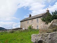 HIGH SMARBER, family friendly, with a garden in Low Row, Ref 8823