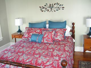 Cape Charles house photo - Queen bed in adjourning room