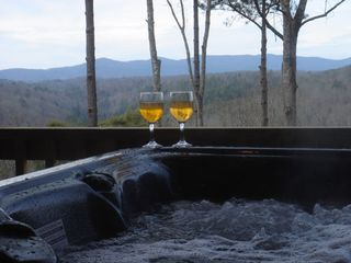 Ellijay cabin photo - 5 person Hot-Tub OVERLQQKING the mountains.