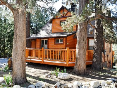 Log cabin in the Jeffrey pine trees