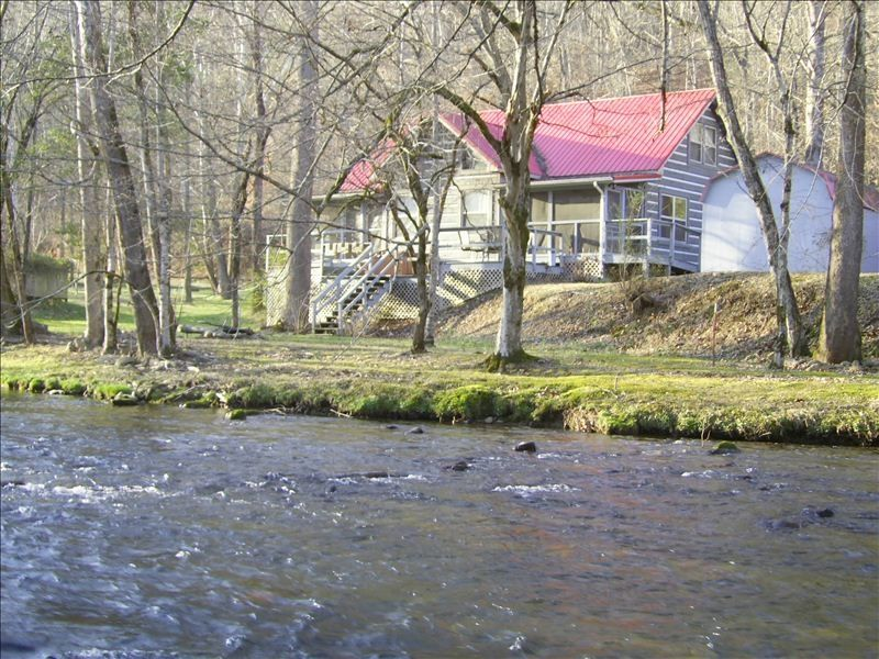 Private log home on river trout stream vrbo for Fishing in gatlinburg tn