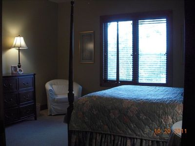 Lake Jocassee house rental - Guest bedroom with private bath on main level.