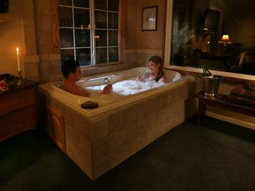 Big Bear City cottage rental - Ironwood Lodge has a romantic oversized jacuzzi tub for two.