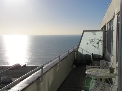 Central Beachfront Penthouse Apartment with Private Sun / Roof Terrace