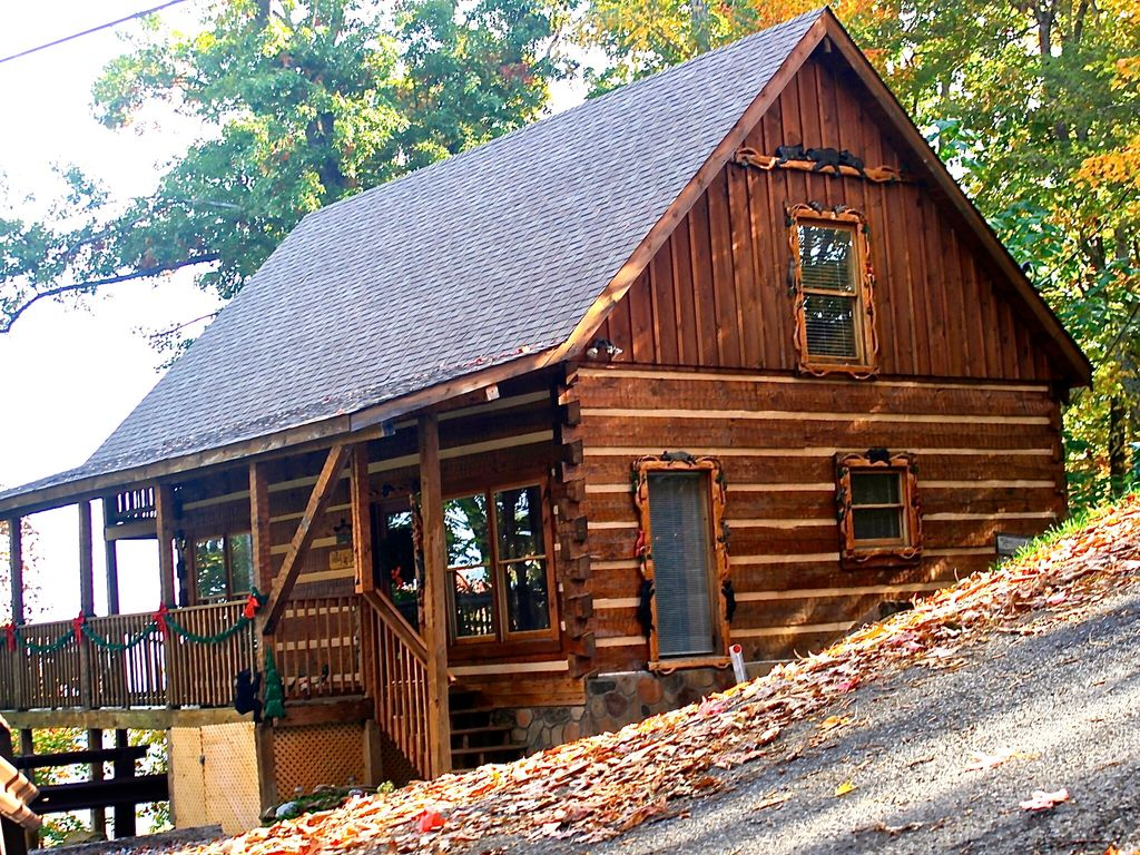Happily ever after true mountain cabin vrbo for Hewn log cabin kits