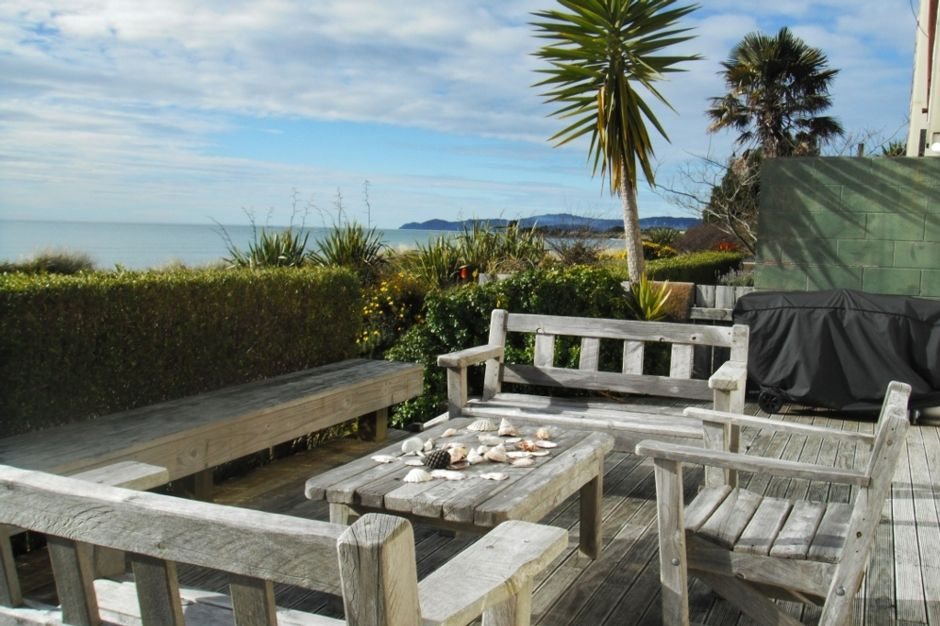 Iconic Beach Front Cottage Vrbo