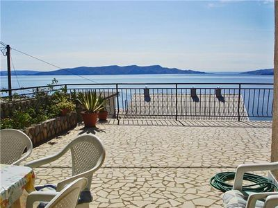 Apartment for 7 people in Senj