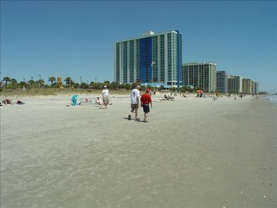Come enjoy the famous white sand beach at the Grand Strand's premiere resort!