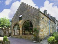 PROSPECT COACH HOUSE, family friendly in Great Fryup Dale, Ref 940