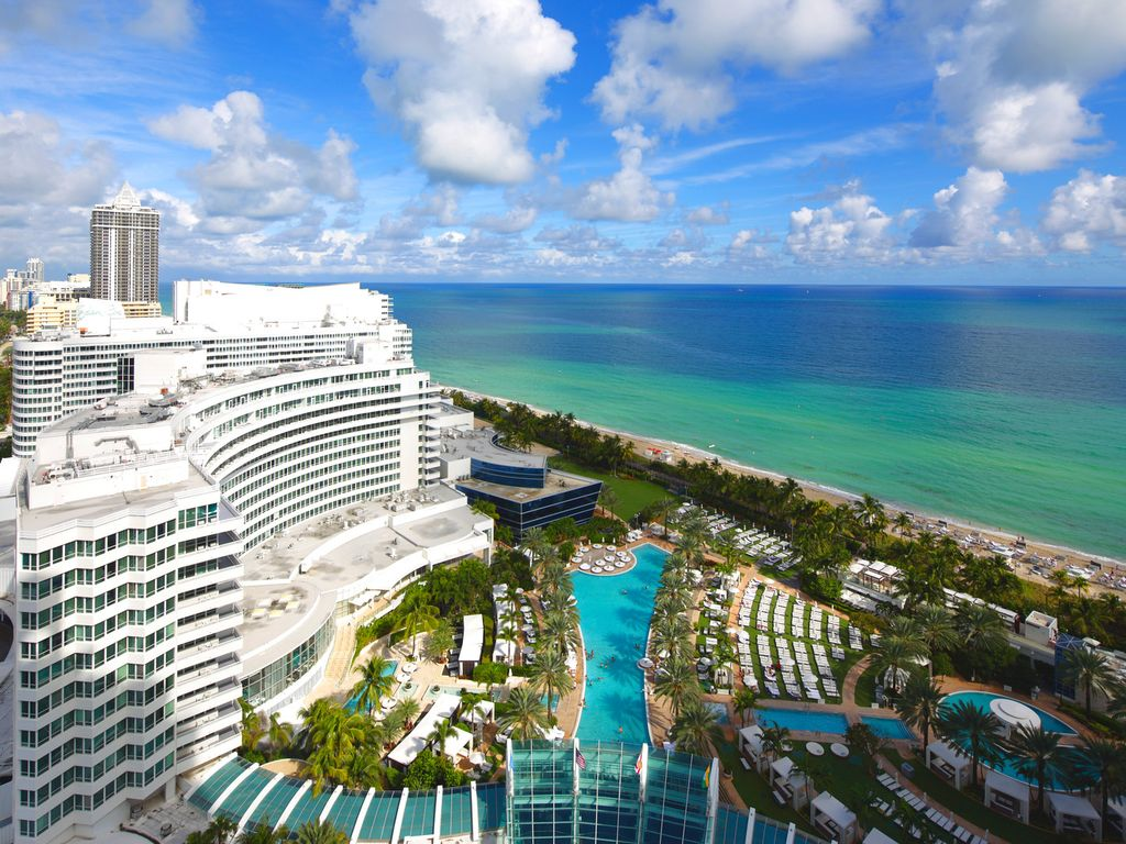 Luxurious Jr Suite In The Fontainebleau Hotel Vrbo