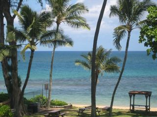 View from living room & Lanai..you have use of BQ Grill & Tables on the Beach