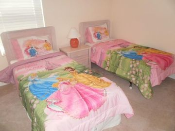 girls themed bedroom