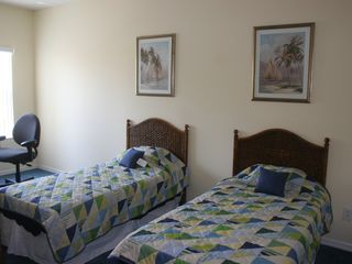 Tuscan Hills villa photo - Twin Bedroom with flat screen cable tv with large walk-in closet.