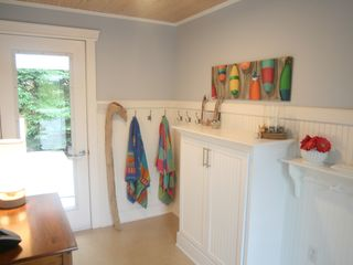 Stanley Bridge cottage photo - Foyer. Plenty of storage space for outdoor gear.