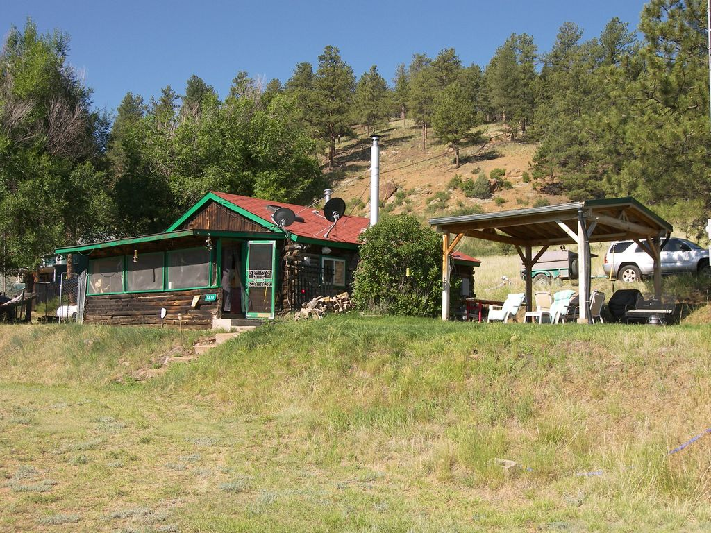 updated fly fishing cabin on the gold medal vrbo On south platte river cabins