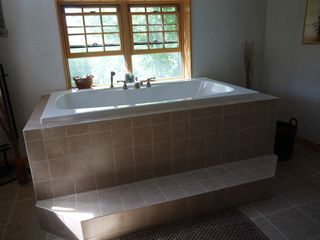 Ascutney house photo - Upstairs soaking tub