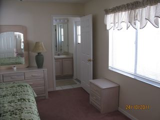 Thousand Oaks house photo - Master Bedroom w King Bed & entrance to pool and 4'x5' shower