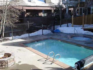 Snow Blaze condo photo - Pool, hot tub and firepit