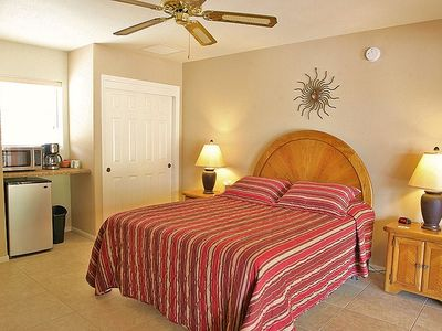Casita Norte Bedroom (5th) with Queen Bed, TV/DVD, Kitchenette & Bathroom (4th).