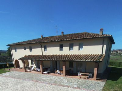 Apartment in a farmhouse with swimming pool and tennis court, beautiful view