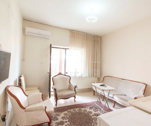 Large One Bedroom Apartment In Central Balikesir