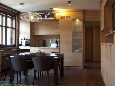 Andrassy 2 Apartment - open plan kitchen, diner