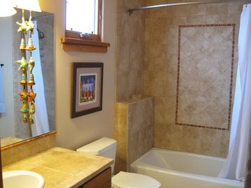 Second full, large bathroom....tiled, plush towels & cotton bath mat