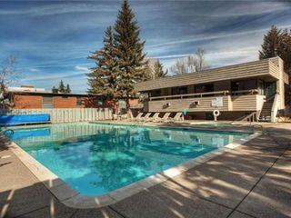 Aspen condo photo - Complex Heated Pool and Hot Tub