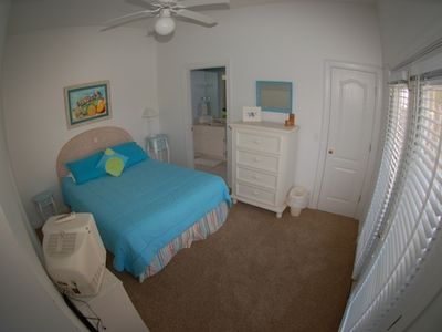 Additional Queen Bedroom