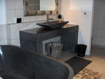 Bathroom with oversized terrazza bathtub